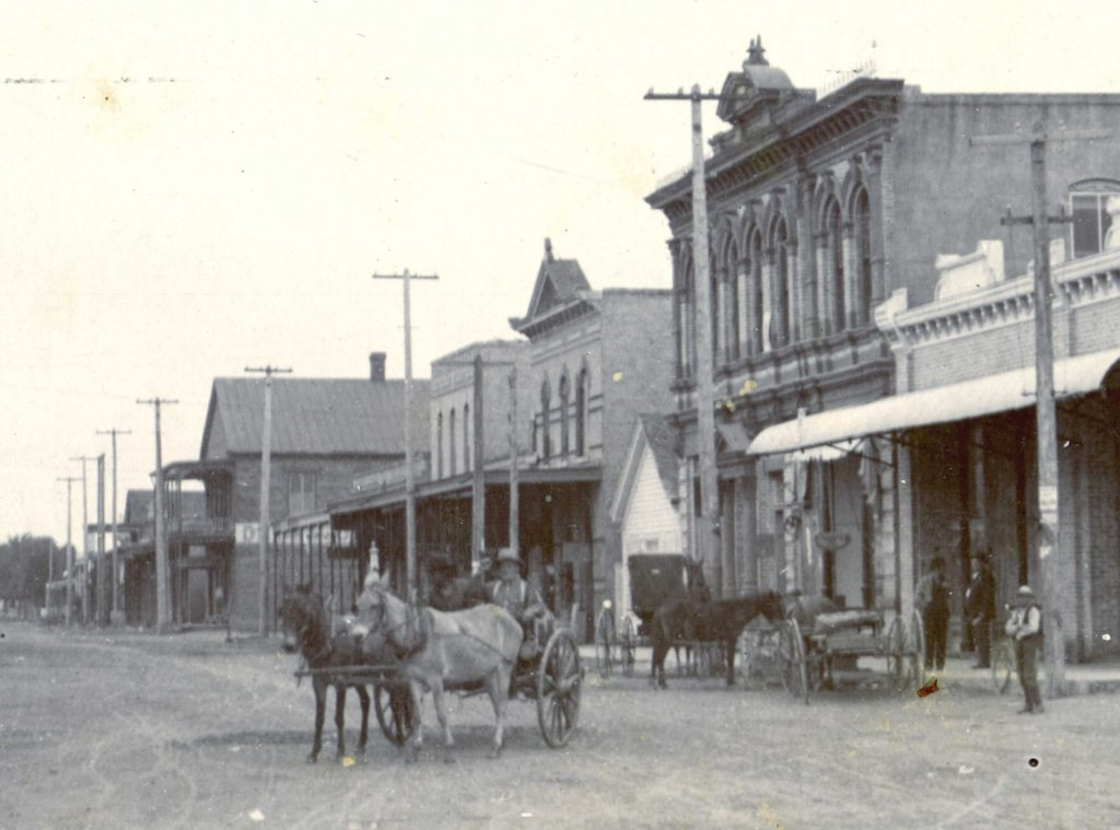 Bastrop-First National Bank, Spring and Main Streets, 1900